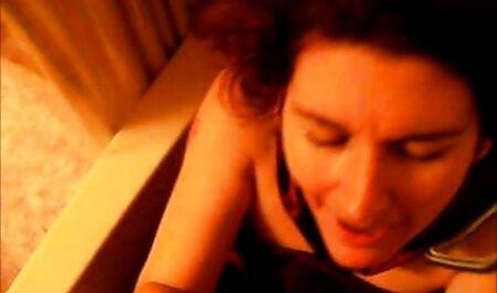 Mia vintage film sex Lee miluje kurac na kauču